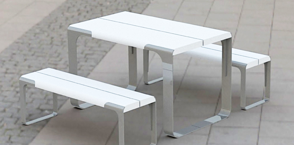 This is the sync communal table from Animavi.